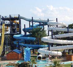 Splash Kingdom Water Park Now Open